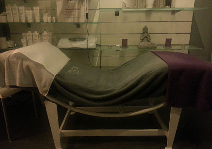 Matis paris facial at yasmine salon buyclub geneva for Yasmin beauty salon