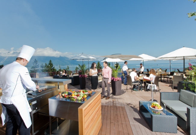 Bbq dinner for 2 on the terrace of hotel bristol montreux for Dinner on the terrace