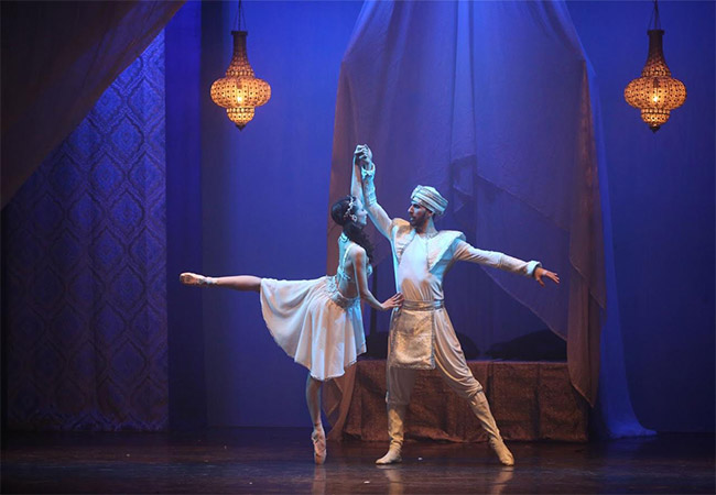"""Sublime ballet of the most famous Oriental fairy tales"" - tempslibre.ch