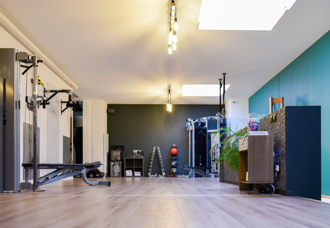 4.6 Stars on Google Personal Training at Studio 11 (Eaux-Vives & Collonge-Bellerive)  3 or 5 personal trainings in Studio11's gym with top-end equipment, focused on your personal goal & level. Available Mon-Sat  Photo