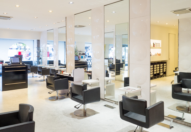 Recommended by 93% of BuyClubbers 19th Avenue: Among Geneva's Most Respected Hair Salons (4 Locations)    Cut: 131 CHF 78  Cut & Color: 220 CHF 129  Cut & Highlights: 336 CHF 199  Men's Cut: 74 CHF 44   Photo