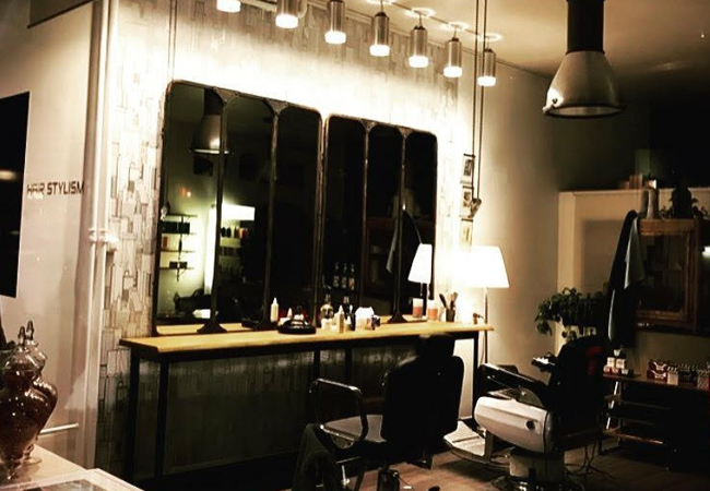 """""""Morphs the hair salon profession"""" - COTE Magazine Haircut Package at Le 23eme Lieu Salon (Eaux-Vives) incl: Shampoo, Scalp Massage, Cut, Mask & Brushing For Highlights / Color / Gloss: add CHF 60 at the Salon  Photo"""