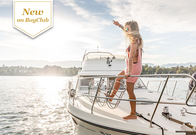 """Beat the Heat! Private Cruise on a 35-Feet """"Princess Fly"""" Yacht on Lake Geneva, for You + Up to 9 Friends   2h cruise: 1000 CHF 499 3h cruise 1400 CHF 689    Skipper included. Bring your own food, drink & music  Photo"""