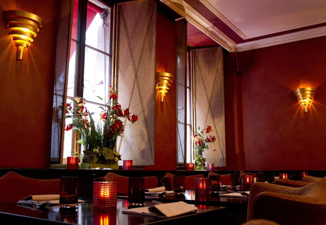 Recommended by 92% of BuyClubbers Who Tried It   3-Course Dinner at THAÏ (Place Molard): Among Geneva's Best Thai Restaurants  Valid Dinner Mon, Tue, Wed & Fri  Photo