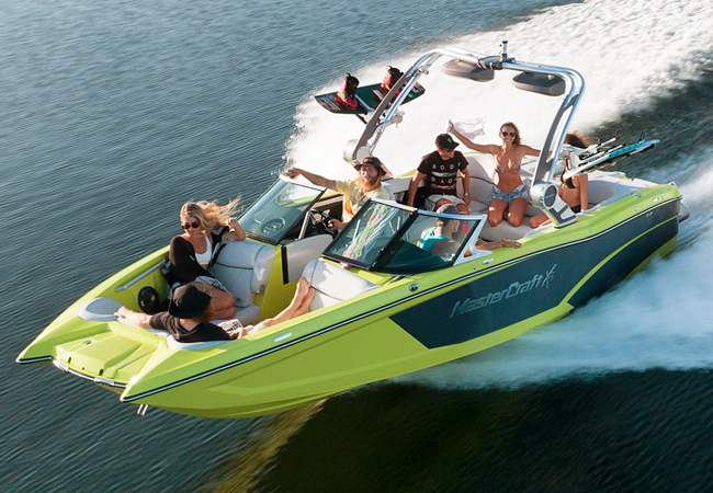 2h Private Speed Boat Cruise for 8 People, incl All Wakeboard / Surf Equipment