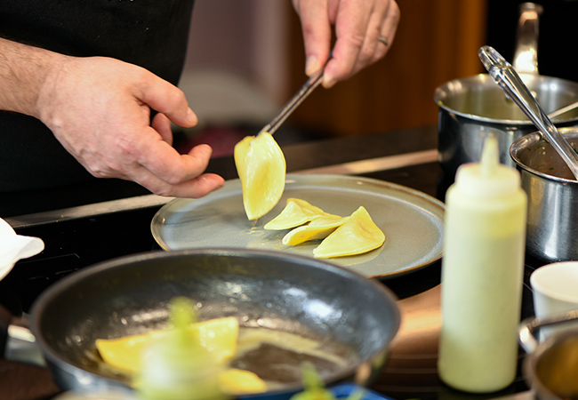 """""""Cook like a chef!"""" - Le Temps Cooking Classes at Les Ateliers by Serge Labrosse (Plainpalais) incl All Ingredients, Wine & DinnerDeveloped by one of Geneva's best Michelin-starred chefs. Classes in Everyday Cooking, Molecular Cuisine, Gourmet Dining, Fish & more  Photo"""
