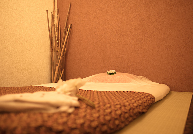 4.5 Stars on Google  1h Thai Massage at Thaï Zen (Charmilles)  Traditional or warm oil Thai massage at this highly-rated center, refurbished in 2019  Photo