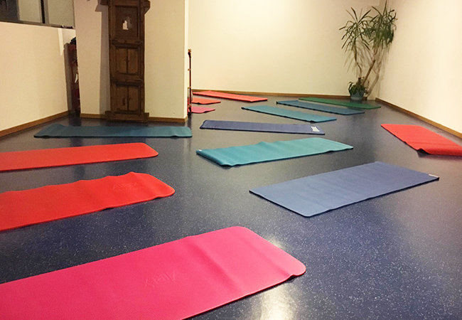 5 Stars on TripAdvisor Group Yoga Classes at Aloeh Thérapies (Near Cornavin): 10-Class Pass  Instructor Dalia Prest qualified from Bali's Sannyas Yoga Academy & offers yoga classes for all levels, for adults & kids  Photo