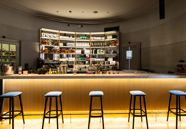 4.3 Stars on Google  Alhambar (Old Town): CHF 70 Food & Drinks Credit Valid Tue-Sun, incl Sunday Brunch  Contemporary fusion cuisine served dinner & lunch on weekdays, plus an excellent Sunday brunch, at this stylish newly-renovated restaurant-bar   Photo