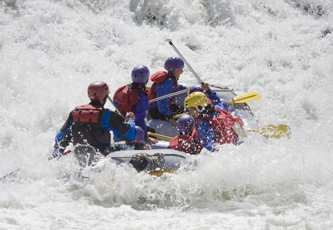 Recommended by 100% of Buyclubbers  ​Rafting or Canoeing Down Geneva's Arve River with the Pro Guides of Rafting-Loisirs (Equipment Provided)​Make the most of this spring with this unique Geneva adventure for adults & kids from age 6+. Outings happen every weekend  Photo