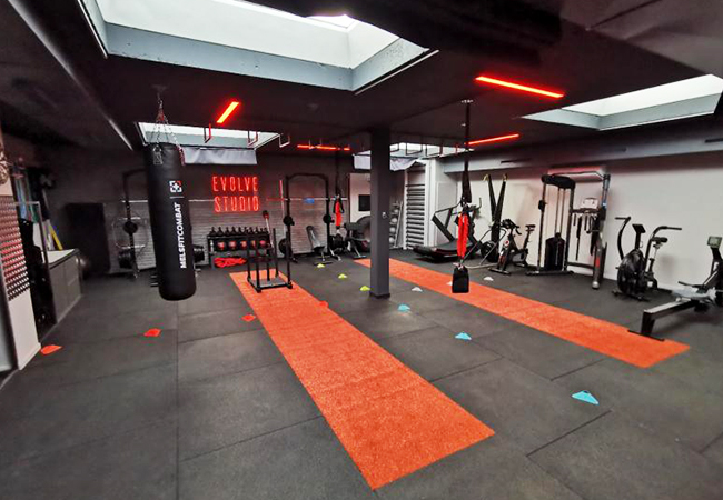 """""""20 minutes EMS = 90 minutes gym"""" - The Guardian  5 x EMS (Electric Muscle Stimulation) Personal Training Sessions at the Just-Opened Evolve Studio in Terrassière Build strength & burn calories with short, but intense EMS sessions at this new fitness studio. 1st session also incl 3D body composition scan  Photo"""