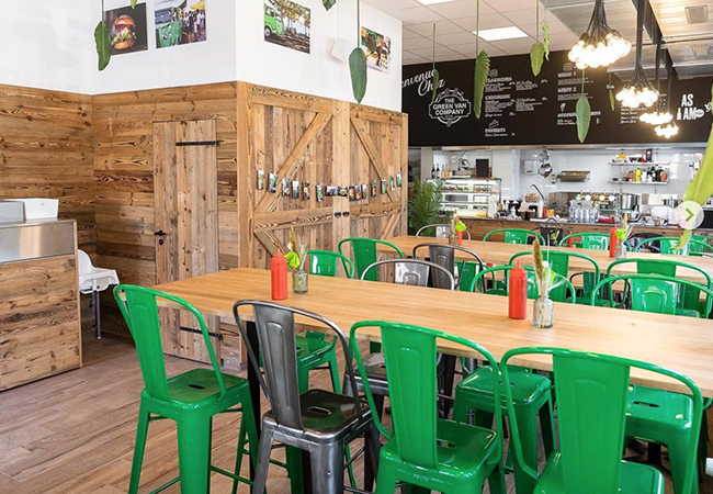 """""""We loved it!"""" - Gault&Millau Open 7/7 for Takeaway During Lockdown: Premium Swiss Burgers at The Green Van Company (Eaux-Vives). 1 Voucher = CHF 50 Credit on Food & DrinksDelicious burgers recommended by GaultMillau & rated 4.8 on Google     Photo"""