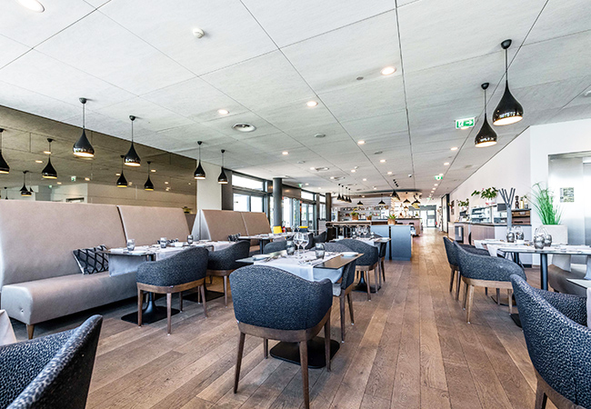 4.1 Stars on Google  Contemporary Italian Cuisine & Beautiful Lake Views at O'Five (Versoix): CHF 120 Credit Valid 7/7  Delicious food & panoramic views of the lake and Mont Blanc make this a unique dining experience. Valid 7/7 dinner & lunch  Photo