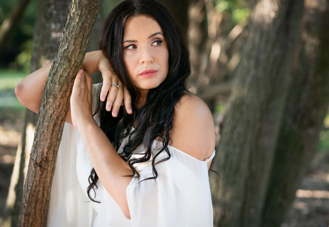 """""""Magnetic"""" - New York Times Award-winning Soprano Sonya Yoncheva Performing Opera & Pop Hits: Victoria Hall, Nov 1 @ 20h Sonya - among the world's top sopranos - will perform classic & modern hits ranging from opera arias to jazz by ABBA's founders. With the Cappella Mediterranea Orchestra  Photo"""