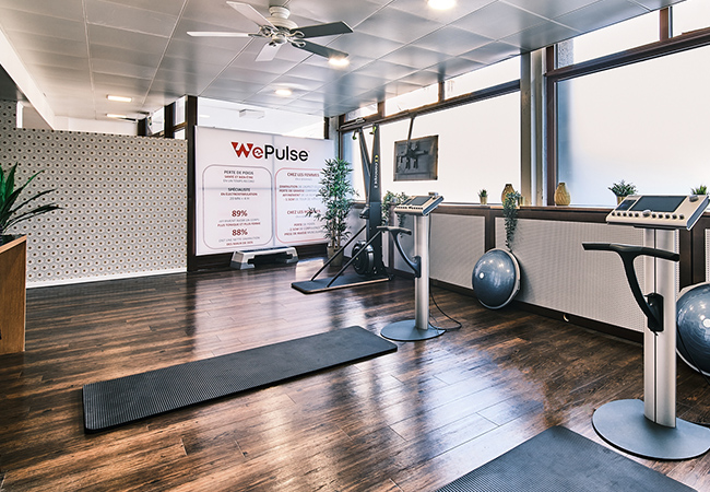"""""""20 minutes EMS = 90 minutes gym"""" - The Guardian  5 x EMS (Electric Muscle Stimulation) Semi-Private Trainings (for 1-2 People) at WePulse Eaux-Vives  1 Voucher = 5 sessions (4 x full-length sessions plus 1 x shorter intro session  Photo"""